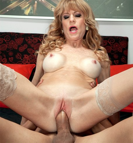 Hot milf women need their pussy fucked and creampied in